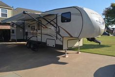 2013 Used K-Z Manufacturing Durango 1500 Fifth Wheel in Oklahoma OK.Recreational Vehicle, rv, 2013 KZ Durango 1500 D286BH 5th Wheel Travel Trailer. This trailer is made to be pulled with a half-ton pickup. The Durango D286BH is a 34ft Bunkhouse Fifth Wheel manufactured by KZ. This trailer is in excellent condition and has no mechanical or cosmetic issues. It sleeps a maximum of 9 people. Trailer includes the following accessories: heavy duty Kingpin Stabilizer, 2 slide-out stabilizer jacks…