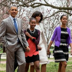"Barack Obama Fanpage: ""Happy Family POTUS, FLOTUS and First Daughters…"""