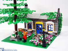 Fenrik Fox's home by hinckley39 on Brick Zone  I really like the way he made the walls.  Also love the street lamp