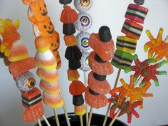 Fun fun!.Halloween kabobs. This would be fun for the kids school parties!