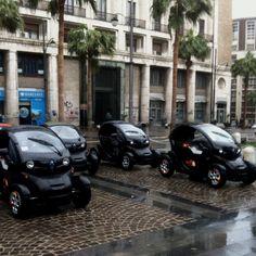 .: Renault TwizY the FirstH ElectriK CaR :.