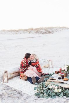Early spring beach proposal | Wedding & Party Ideas | 100 Layer Cake