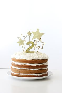 Gold Star Cake Toppers (and Allergy Free Frosting)