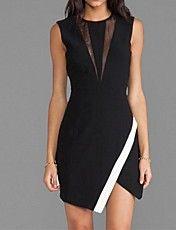 mini abito gonna avvolgente nera delle donne con abiti di dettaglio della maglia