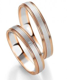 Trauringe Amore mit einem Brillanten und 0,01 ct bei dem Damenring. By verlobungsring.de #rosegold #weißgold #liebe