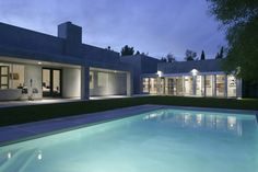 Wonderful and modern home with a large pool