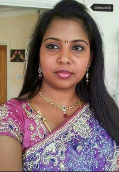 Women Friendship, Girl Number For Friendship, Tamil Girls, Bollywood Girls, Indian Natural Beauty, Indian Beauty Saree, Beauty Full Girl, Beauty Women, Indian Long Hair Braid