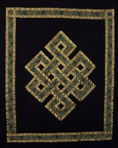 celtic knot quilts | Custom hand guided quilting and Long Arm quilting.
