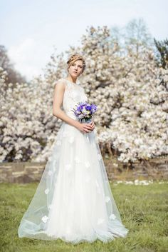 Inspirationen für eine Frühlingshochzeit in Blaubeere von Ihr &Wir | Hochzeitsblog - The Little Wedding Corner