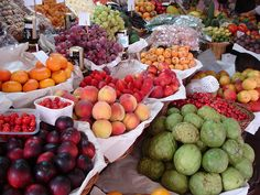 I want to live on Madeira Island so I could shop at their Market @Reids_Palace #SundaySupper