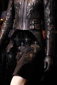 Sign of the Cross ✟ :: Versace Fall/Winter 2012/2013
