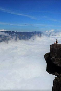 Best view ever? As long as you're not scared of heights! This was taken at Roraima, the flat-topped Tepuy in Venezuela, used as inspiration for the Disney movie Up. South America Destinations, South America Travel, Travel Destinations, Disney Movie Up, Mount Roraima, Hiking Photography, The Lost World, Once In A Lifetime, Nice View