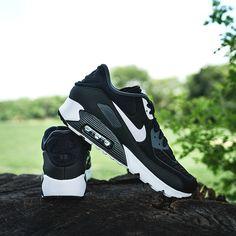 buy online efd0f 40805 Nike - Men s Air Max 90 Ultra SE (Black   Anthracite   White)