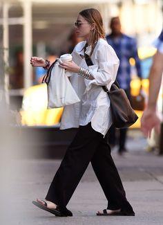 Ashley Olsen Style, Olsen Twins Style, Normcore Fashion, Fashion Outfits, Womens Fashion, Petite Fashion, Curvy Fashion, Fall Fashion, Olsen Fashion
