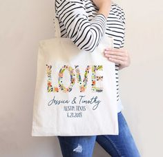 Personalized Wedding Tote Bags Gift Bags Wedding by ZCreateDesign