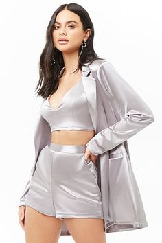 Forever 21 is the authority on fashion & the go-to retailer for the latest trends, styles & the hottest deals. Shop dresses, tops, tees, leggings & more! Blue Plaid Skirt, Plaid Skirts, Teen Fashion Outfits, Cool Outfits, Summer Dresses Uk, Estilo Kylie Jenner, Skirt Midi, Jugend Mode Outfits, Three Piece Suit
