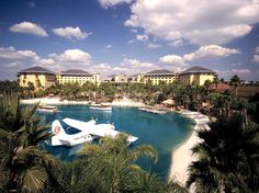 wouldn't mind going back here: universal studios' royal pacific resort
