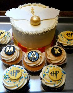 Harry Potter and Cupcakes <3