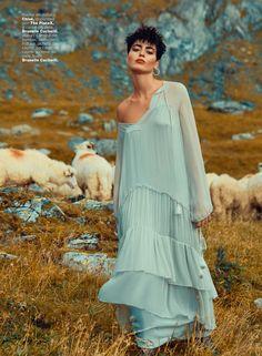 ELLE Romania September 2016 Cecilia Gomez by Dan Beleiu-18
