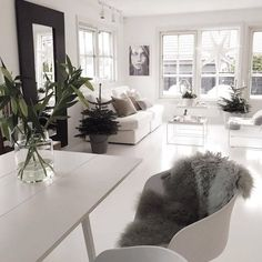 Interior Design Tips For Someone Looking To Improve Their Home – InteriorDIYDesign Living Room Inspiration, Interior Inspiration, Home Interior Design, Interior Decorating, Modern Interior, Home And Living, Living Spaces, Room Decor, Layout