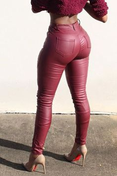Curvy Outfits, Sexy Outfits, Fashion Outfits, Mode Des Leggings, Tight Leather Pants, Leather Trousers, Pu Leather, Wholesale Clothing, Fit Women