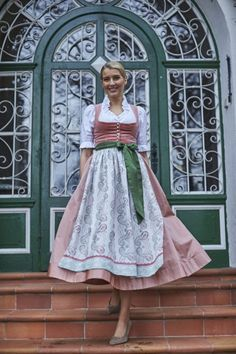 Cafe Uniform, Dandy Style, Dirndl Dress, Renaissance Dresses, Winter Mode, Sweet Dress, Victorian Fashion, Looking For Women, Beautiful Dresses