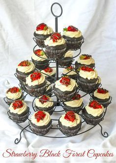 Strawberry Black Forest Cupcakes – decidedly adult cupcakes: a deliciously decadent combination of rich chocolate and sweet strawberry flavours topped with whipped cream and more chocolate! Cupcake Recipes, Cupcake Cakes, Dessert Recipes, Mini Cakes, Cakepops, Black Forest Cupcakes, Rock Recipes, Forest Cake, Vegetarian Chocolate