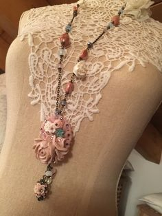 Vintage necklace with resin flowers and crystals