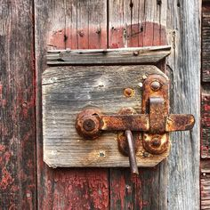 On Saturday my sweet husband and I took the long route to go grocery shopping and passed a set of abandoned buildings (my favorite kind! Door Knobs, Door Handles, Vintage Instagram, Abandoned Buildings, The Fresh, Favorite Things, Photographs, Barn, Husband