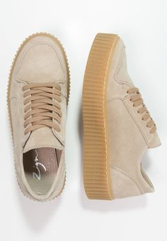 c16935ed4b1 7 bästa bilderna på Skor   Nike boots, Adidas running shoes och ...