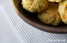 Porkkanaskonssit   Vegaanihaaste Cornbread, Muffin, Breakfast, Ethnic Recipes, Food, Muffins, Hoods, Meals, Cupcake