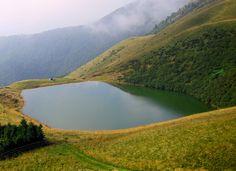 Lacul fara fund, Mehedinti, Romania Mother Earth, Places To See, Around The Worlds, Bun Bun, River, Bucket, Outdoor, Amazing, Romania