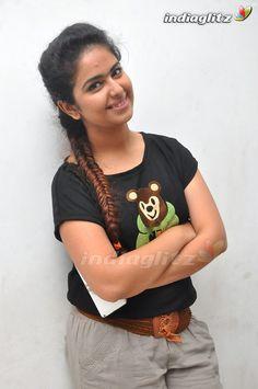 Indian Actress Pics, Most Beautiful Indian Actress, Actress Photos, Indian Actresses, Cute Girl Hd Wallpaper, J Star, Stylish Girl Images, Beautiful Saree, Girls Image