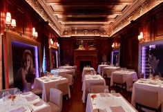 Jeffrey Beers | Villard Michel Richard | Exclusive restaurants design | Amazing restaurant interior design you must see | more at www.designcontract.eu | #restaurantinteriors #luxuryrestaurants #bestinteriordesign