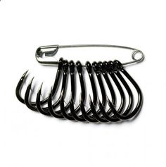 Organize and separate fishing hooks with safety pins. Why didnt I think of that?