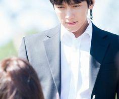 ❤❤ 지 창 욱 Ji Chang Wook ♡♡ why so handsome. Yoona Ji Chang Wook, Ji Chang Wook Abs, Ji Chang Wook Healer, Korean Celebrities, Korean Actors, Korean Dramas, Yoona The K2, The K2 Korean Drama, Kang Jun