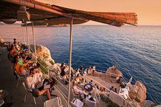 Dubrovnik Tips - Sundowners at Buža beach bar. Dubrovnik Croatia, Croatia Travel, Croatia Tourism, Dubrovnik Accommodation, Restaurants, Split Croatia, Beach Holiday, Cool Bars, Best Hotels