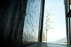 Water wall in your kitchen. A perfect zen moment.