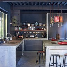 Awesome Industrial Kitchen Style Ideas - Home Decor Ideas Industrial Kitchen Design, Industrial Interiors, Interior Design Kitchen, Industrial Style, Kitchen Dining, Kitchen Decor, Cuisines Design, Deco Design, Kitchen Styling