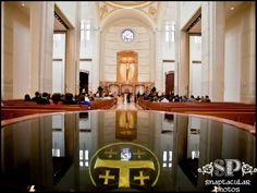 Wedding ceremony at Co Cathedral of the Sacred Heart, Downtown Houston, TX |www.snaptacularphotos.com|