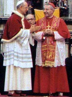 Pope Paul VI and the future Pope John Paul the Catholic Art, Roman Catholic, Papa Pio Xi, Pope Costume, Pope Pius X, Pope Francis Quotes, Juan Xxiii, Popee The Performer, Juan Pablo Ii