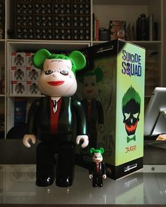 100% villain Bearbrick from Series 32 in comparison to our Daily Deal for October 1st. Suicide Squad Joker 400% Bearbrick is fifteen percent off today. (100% is not included ) #dailydeal #bearbrick #suicidesquad #joker #medicom  #arttoys #arttoy #vinyltoy #vinyltoys #designertoys #desgnertoy #designer #designers #art #vinyl #toy #toys #collectibles #collectible #markham #mindzai #toronto