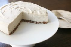 Maintenance: Raw Cashew Cheesecake -- Wow. (Just in case you were looking for a special treat this weekend ...) Sweeten with stevia or xylitol instead of agave.