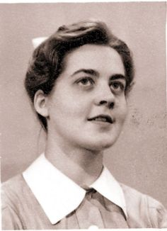 A young Jennifer Worth, Author of her memoirs book: Call the Midwife.  #callthemidwife #50's #JenniferWorth