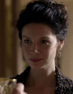 Claire (Caitriona Balfe) in the new trailer for Outlander on Starz via http://outlander-online.com/2015/01/09/1200-screencaps-from-the-new-outlander-trailer/