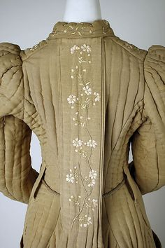 9273d97179 Back detail of quilted Japanese for the American market dressing gown  1896-98 Edwardian Fashion