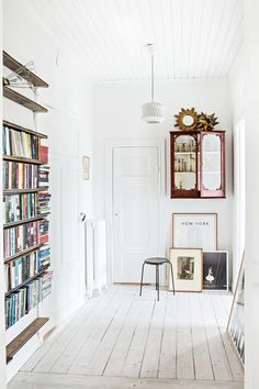Mokkasin: en dörr rymmer ungefär 600 böcker.