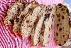 Aujourd'hui, je vous propose un très beau projet de cuisson de pain à l'ancienne! C'est très facile à faire, économique et délicieux :) No Carb Cloud Bread, Cooking Bread, Blueberry Cobbler, Best Sugar Cookies, Sweet Bread, Bread Recipes, Food To Make, Eat, Breakfast