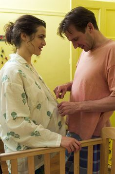 """The Constant Gardener Tim Donohue: """"Leave this Justin."""" Justin Quayle: """"I can't go home. Le Patient Anglais, Rachel Weisz Movies, Celebrity Film, Celebrity Photos, The Constant Gardener, Kristin Scott Thomas, Ralph Fiennes, Liam Neeson, Mary Elizabeth Winstead"""