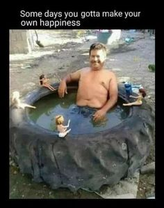 Dimitri enjoying a hot tub with playboy bunnies he saved from american spy Source Funny Memes, Hilarious, Jokes, Funny Shit, Humour Golf, Vrod Harley, I Love To Laugh, Top Funny, Sarcastic Humor